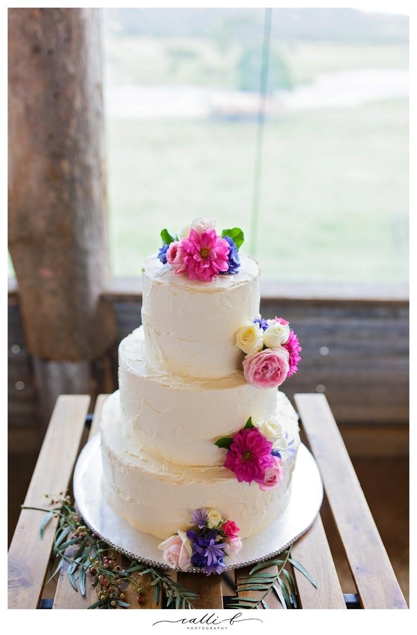noosa hinterland wedding